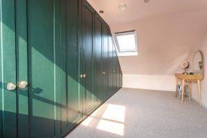 loft dressing room